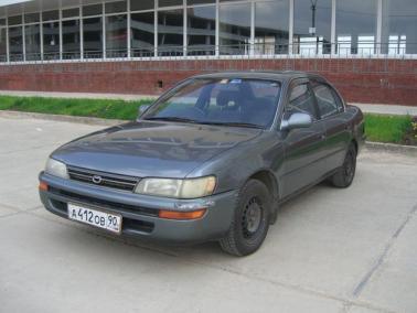 Фотографии автомобилей Toyota Corolla.