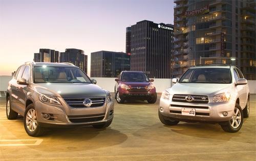 Сравнительный тест-драйв Volkswagen Tiguan vs Honda CR-V vs Toyota RAV4