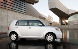 Тест-драйв Scion xB 2.4L 4dr Wagon 2009
